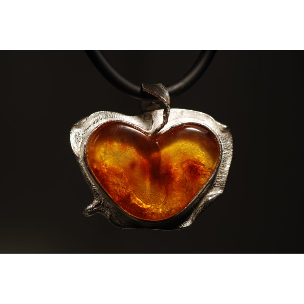 0018 Unique Heart dsc_0339_0