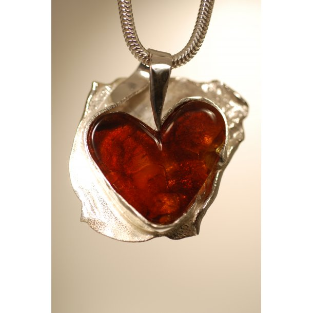 0018 Unique Heart dsc_0645_1