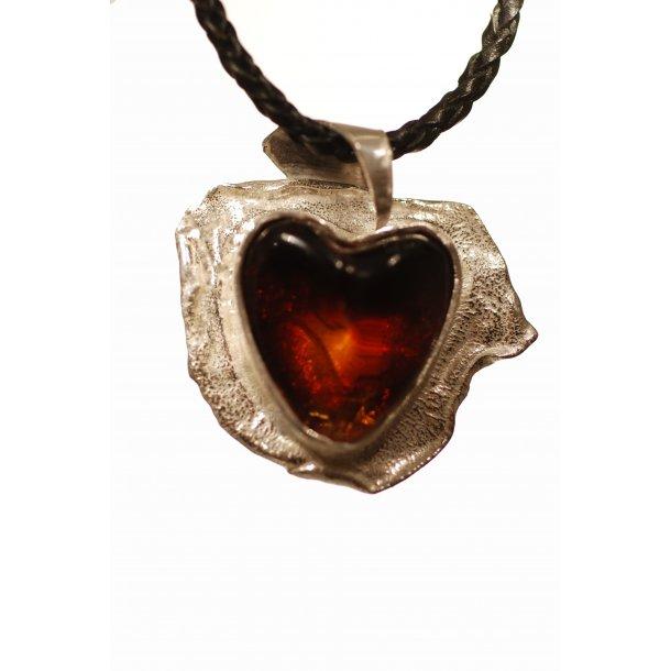 0018 Unique Heart dsc_0794_1